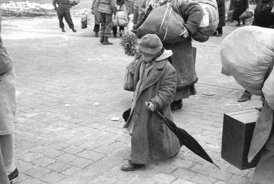 Henri Cartier-Bresson, 1945